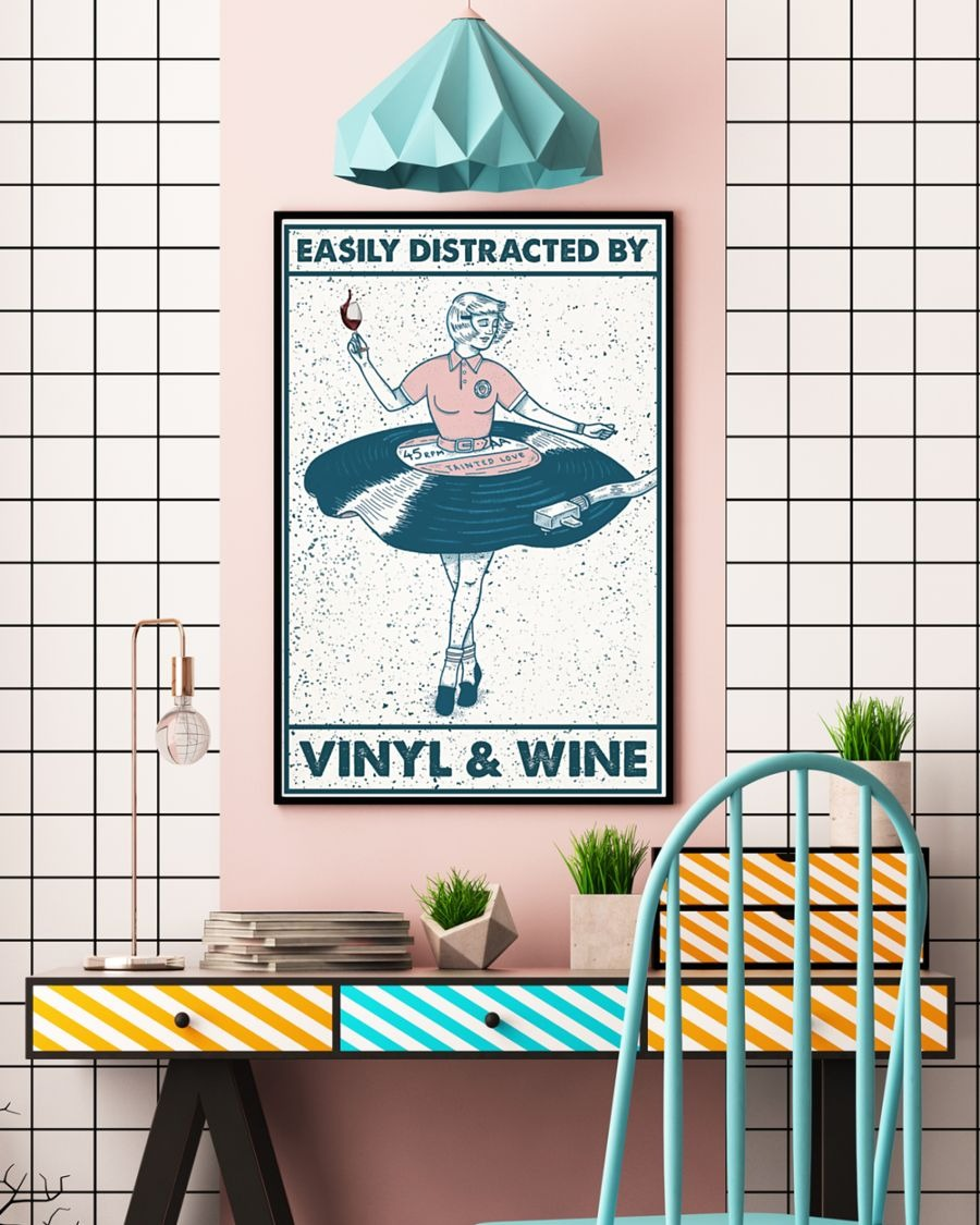 [LIMITED] Poster Girl easily distracted by vinyl and wine