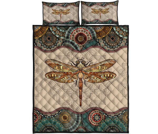Amazing the dragonfly vintage version full over print quilt