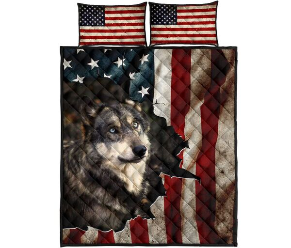Amazing the wolf in american flag all over print bedding set