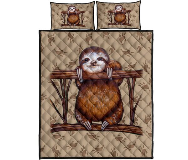 Amazing vintage sloth full over print quilt