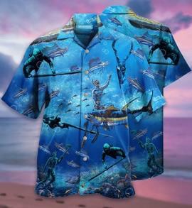 Amazing shooting spearfishing all over printed hawaiian shirt