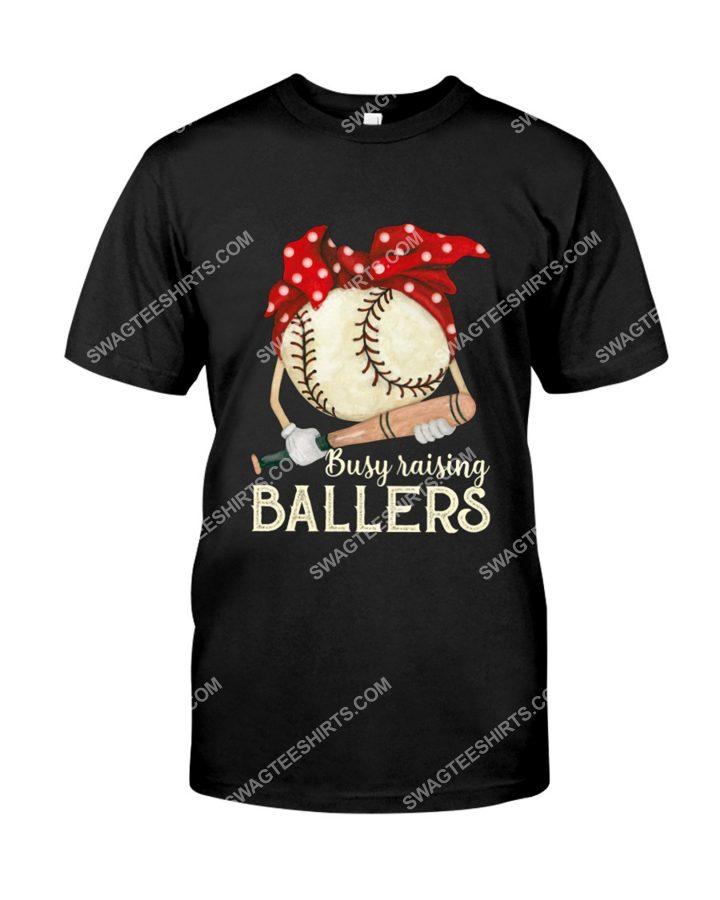 Amazing mothers day baseball mom busy raising ballers shirt