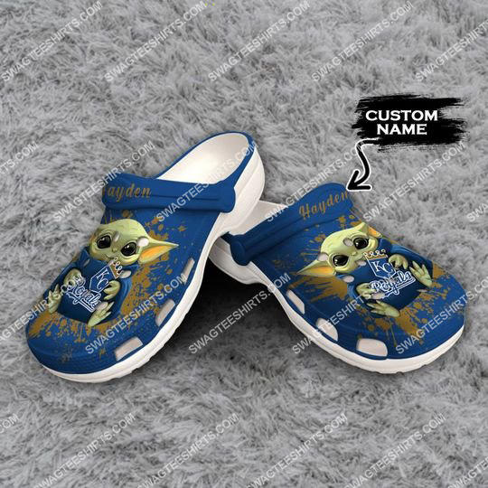 [Amazing swagteeshirt] custom baby yoda hold kansas city royals all over printed crocs
