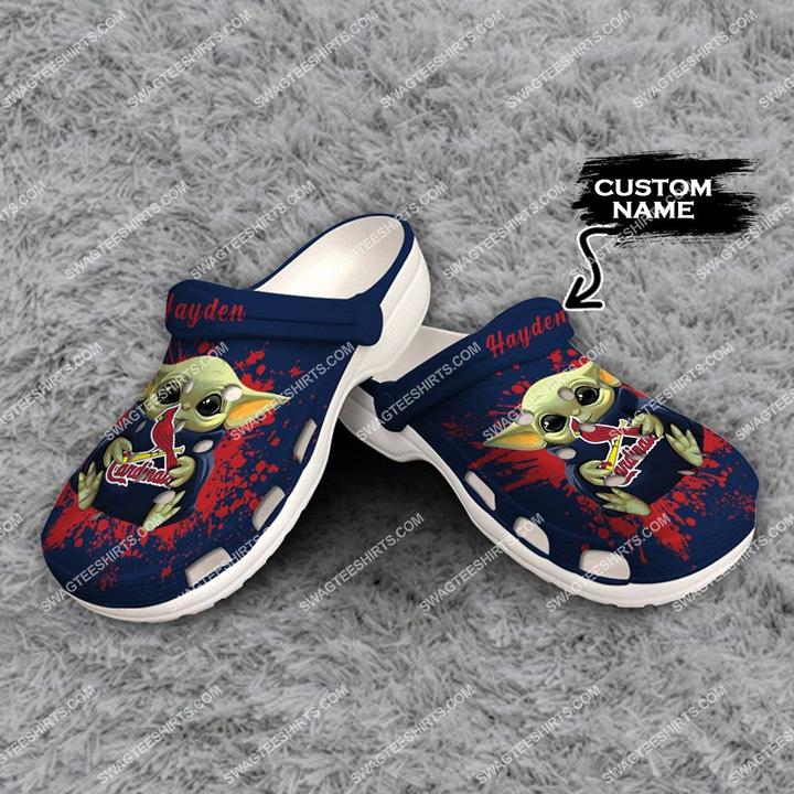 [Amazing swagteeshirt] custom baby yoda hold st louis cardinals all over printed crocs
