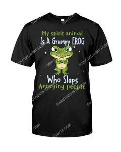 [Amazing mariashirts] my spirit animal is a grumpy frog who slaps annoying people shirt